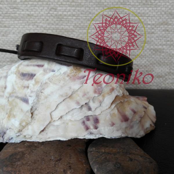 Гривна от естествена кожа в тъмнокафяв цвят