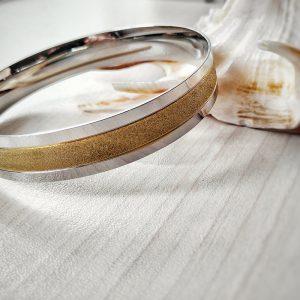 Гривна от стомана в златисто и сребристо