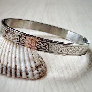Гривна от стомана Келтски възли