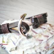 Ръчно изработена гривна от естетствена кожа с котва – цвят кафе