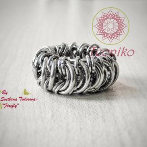 Интересен и нестандартен ръчно изработен пръстен от стомана, тип халка