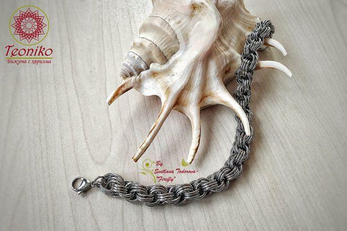Ръчно изработена гривна от стомана Тройна спирала