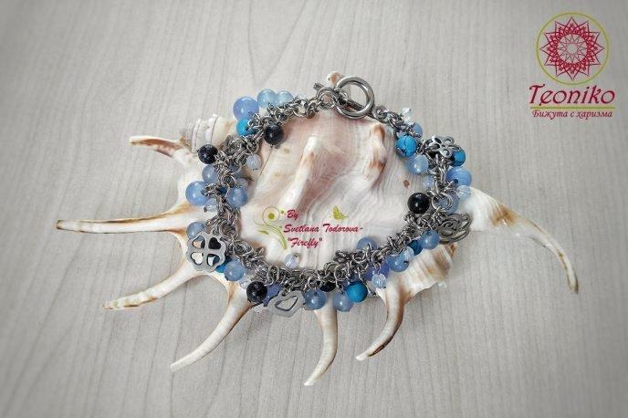 Ръчно изработена гривна Симфония в синьо